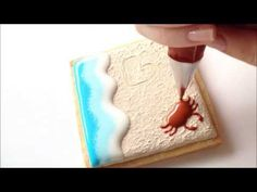 How To Decorate a Beach Cookie Using Royal Icing