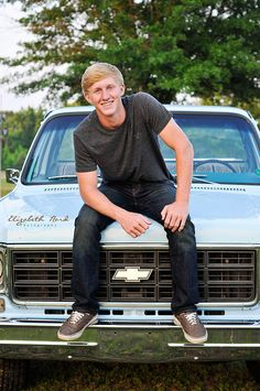 Handsome, senior, boy, blue, truck, country, model