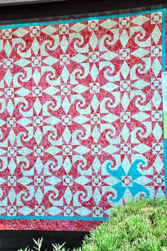 gorgeous.  Sisters Quilt Show by Pleasant Home, via Flickr