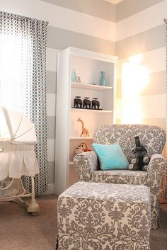 Love the print of the chair and ottoman