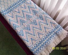swedish weaving | Swedish Weaving Club: Nicole's Swedish Weaving Afghan
