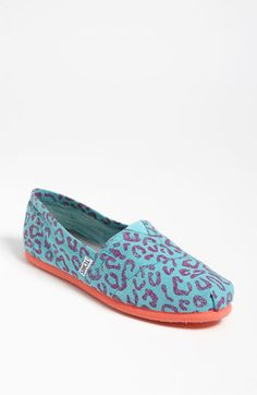 I already have too many Toms shoes, but these are so cute... and Toms are SO comfortable, even the wedges.