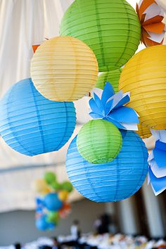 For outdoor event lanterns are perfect even without the light instead of balloons