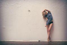 dance http://www.leohaircare.com/suave-professionals-humectant-moisture-shampoo-126-fl-ounce-373-ml.html