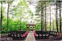 The Pavillion at Crystal Lake in Middletown CT has an intimate country setting that awaits you and your guests, which makes this a must see CT wedding location. They have to just one wedding reception at a time so they can assure you private dedicated service. You can have your wedding ceremony at their beautiful waterfront gazebo.