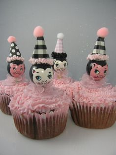 Vintage Cake Toppers...love these!
