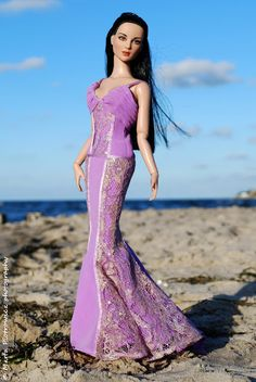 Another divine photo from the Doll Whisperer. Almost a mermaid @Char Polanosky