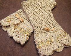 Crochet SET scarflette fingerless gloves cream beige ivory Victorian neckwarmer mittens