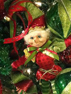 "RAZ 20"" Elf Christmas Decoration from the 2013 Merry Mistletoe Collection #trendytree #raz #elf"
