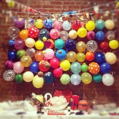 Create a balloon wall - great for the backdrop for a food table, or use it as a backdrop for a photobooth. decor, googl search, balloon parti, birthday idea, balloon backdrop, 1st birthday, balloon wall, balloons, parti idea