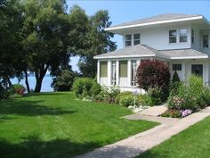 houses, torch lake, lake michigan, rental travel, lakes, travel vrbo, vacat rental, hous vacat