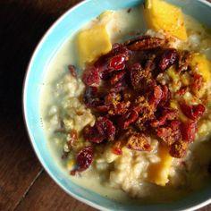 just-making-noise: Cranberry Mango Oatmeal Porridge