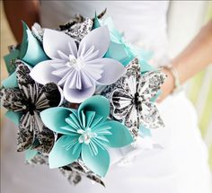 bridal bouquets, flower bouquets, color, tiffany blue, paper flowers, papers, bridal parties, origami flowers, blues