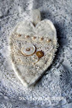 Shabby Heart Ornament