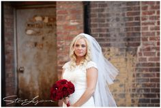 Steve Lyons Wedding Photography - lyonswedding.com - Cincinnati, Ohio Wedding Photographer - Lead: Drew Riedman