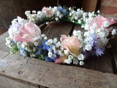 Sweet pea and gypsophila flower crown from Catkin