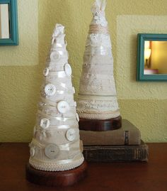 cute Christmas tree cone ideas - fabric & buttons
