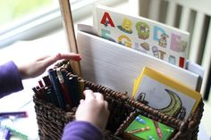 Art kit. ~ Kit de arte.