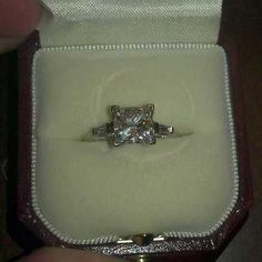 2ct princess cut diamond solitare engagement ring with .15ct baguette accents