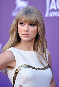 love her makeup here.
