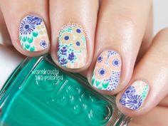 vintage inspired floral nails