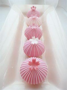 Sakura Cherry Blossom Mini Cupcake