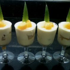 Champagne mousse