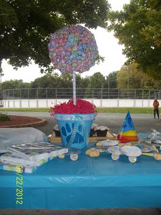A Blues Clues inspired lollipop tree I made for my daughter's 2nd birthday party