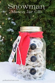 teacher gifts, snowman mason, pretzel, mason jar crafts, mason jars