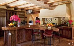 I can see entertaining in this kitchen.