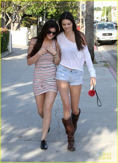 Kendall & Kylie Jenner