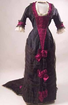dress  1877-1879  Manchester City Galleries