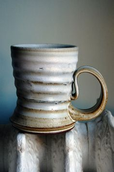 Stoneware tea mug. Ralph Nuara