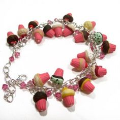 Cupcake Charm Bracelet!!!  OMG! I might combust! So in like with this!