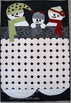 Snuggle Snowmen Quilt {free pattern} by Piece N Quilt.