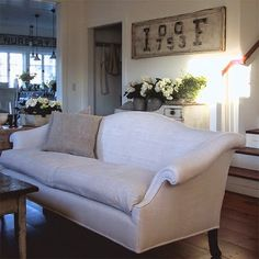 I want this couch!!
