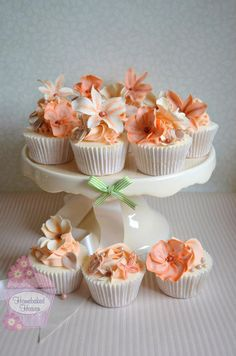 Beautiful Cake Pictures: Coral & Peach Flower Cupcakes: Birthday Cupcake, Cupcakes, Cupcakes With Flowers