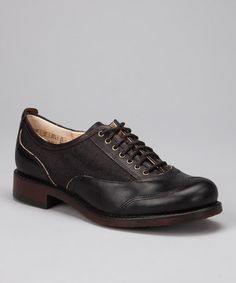 Timberland/Black Lucille Oxford. Look sharp and dapper.