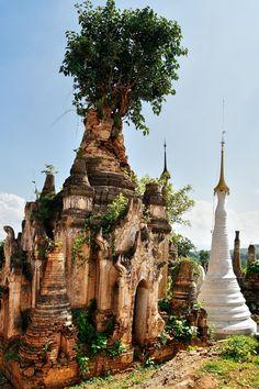 Shwe Indein Stupa, Inle Lake, Myanmar/Burma  http://www.lonelyplanet.com/myanmar-burma/inle-lake-and-shan-state/inle-lake