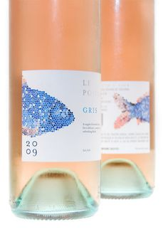 Winner of the 2010 International Wine Label Contest.  More fish on wine packaging.  Love the blue and peach combination. Very soft IMPDO.