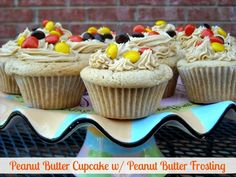 Mommy's Kitchen - Old Fashioned & Southern Style Cooking: Peanut Butter Cupcakes W/Peanut Butter Frosting