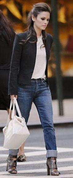 Rachel Bilson Style, Fashion & Looks-Celebrity Style Guide