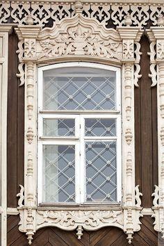 tradtional window, n