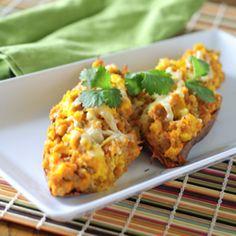 Breakfast Stuffed Sweet Potatoes – The Foodee Project