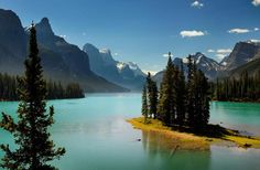maglign lake, canada, rocky mountains, lakes, national parks, islands, places, spirit island, planet earth