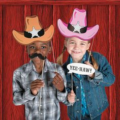 Western+Photo+Booth+-+OrientalTrading.com