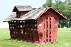 Corn cribs on Pinterest   Cribs, Old Buildings and Chicken ...