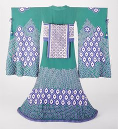 Woman's Kimono Costume Ensemble  designed by Erte in France in 1923. LACMA Collections