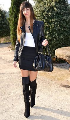 Falda con botas
