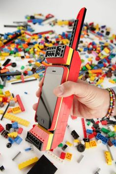 Retro Phone    LEGO® Builder Case for iPhone 5 : http://belk.in/Zrxw52ー 場所: BelkinHQ